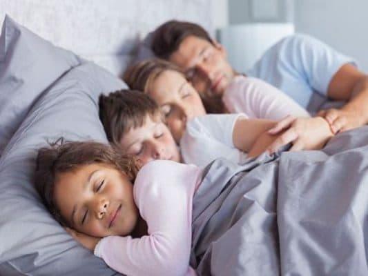 Một ngày ngủ bao nhiêu tiếng là đủ