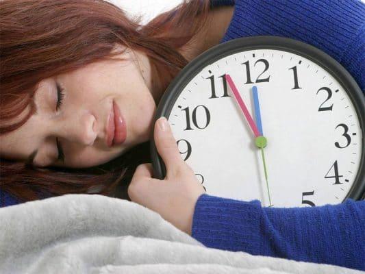 Tác hại của việc ngủ nhiều đến sức khỏe